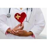 médico cardiologista para tratar angina